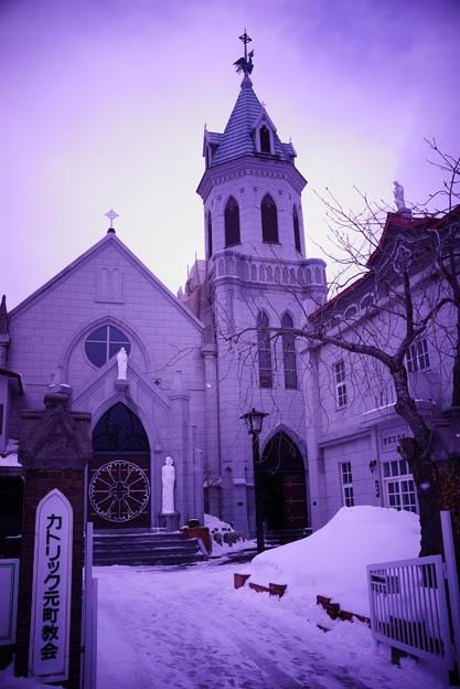 函館の雪の風景・・カトリック元町教会