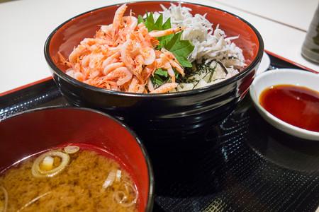 桜えびとしらすの二食丼(東名【上り】日本平・PA)