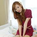 写真: 和子ベッド座りオリジナル