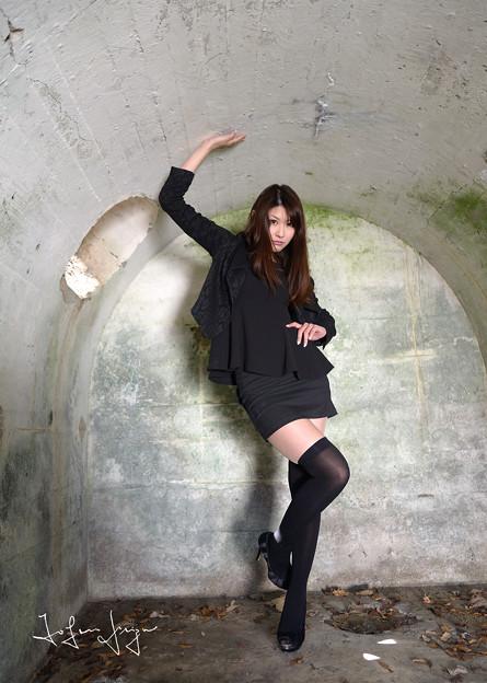 写真: 岡田智子弾薬庫引き2L