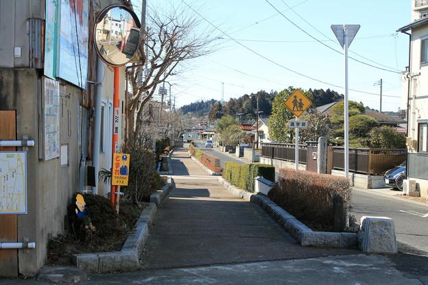 槻木駅 道