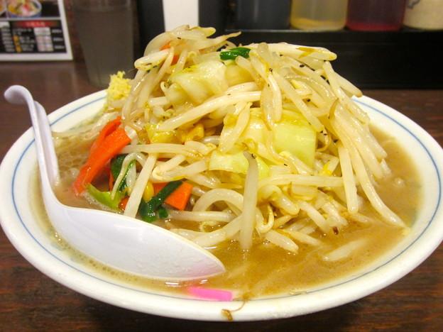 タンメン 麺顔アップ