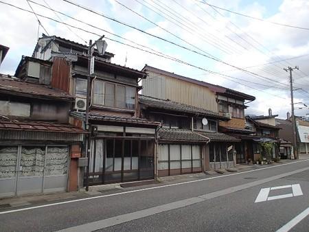 25 10 新潟 糸魚川の町並み 1
